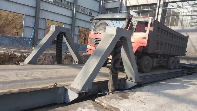 煤炭后翻卸车机